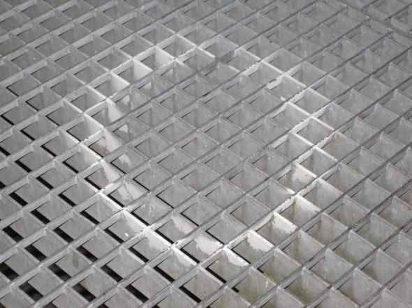 13_2008_2_and_3D_circle_LR