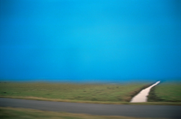 15_2006_light_blue_air_and_ditch_LR