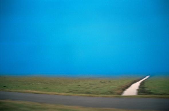 15_2006_light_blue_air_and_ditch_LR